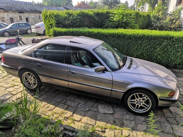 BMW E38 740i - 1/6