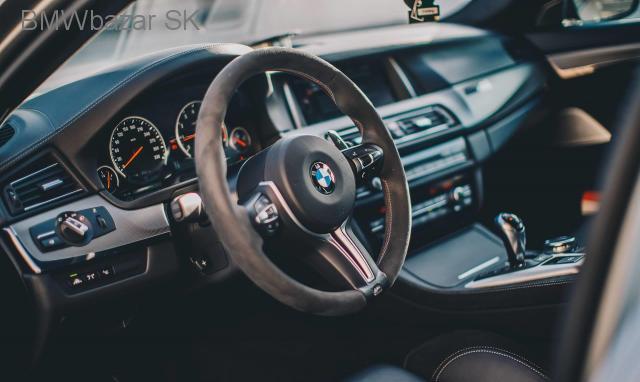 BMW M5 30 Jahre - 3/4